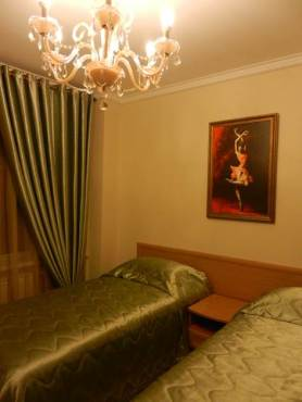 bravo-hotel-yakutsk-double-bedroom-1
