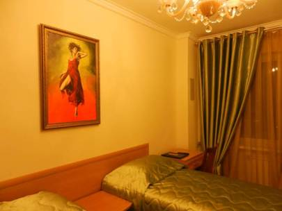 bravo-hotel-yakutsk-double-bedroom-2