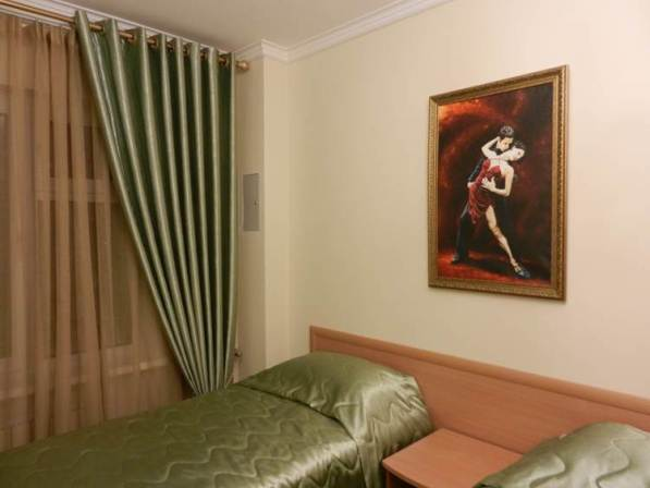 bravo-hotel-yakutsk-double-bedroom