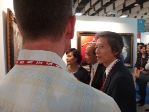 2013-art-taipei-at-booth-with-democratic-leader-1